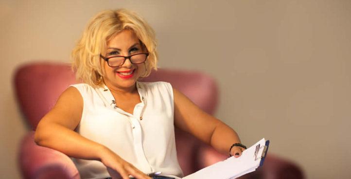 Uzman Psikolog Ünlü Terapist İstanbul Ataşehir Aile Evlilik Hamilelik Psikolojik Danışmanlık